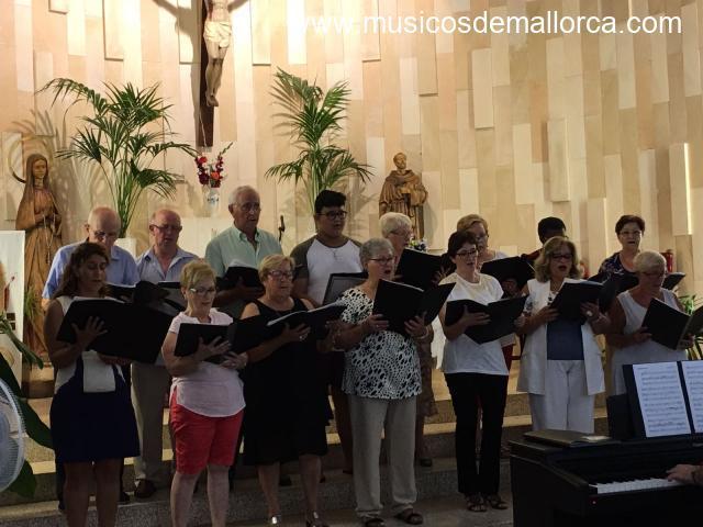 Se busca profesor de canto para coro