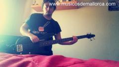 Se ofrece bajista  de 18 años gratis para grupo de rock o metal